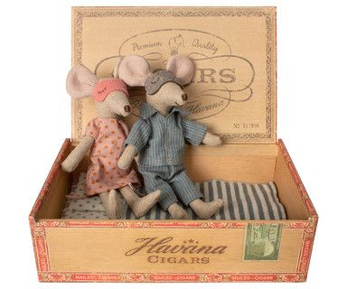 Maileg Mum and Dad Mouse in Cigar Box